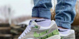 "Nike Air Max 1 customs ""Gator Green"""