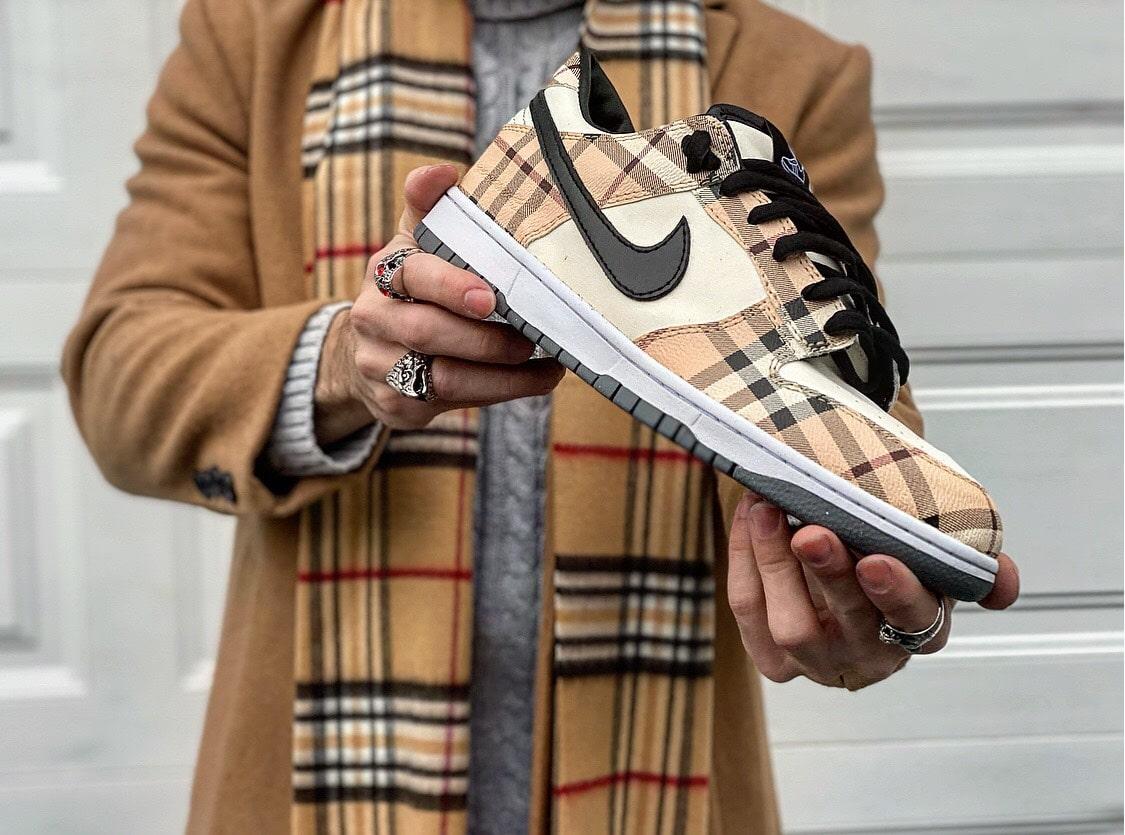 Nike Dunk Burberry custom customs @tagzartwork
