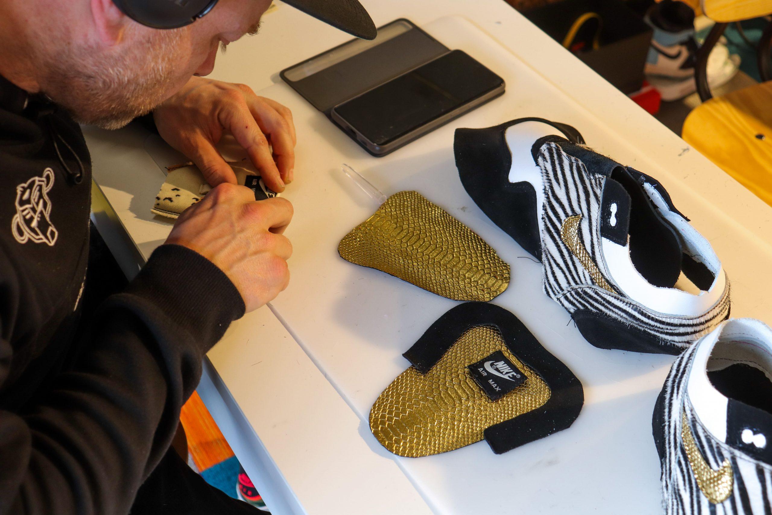 zelf sneakers en schoenen maken bij Sneakersschool